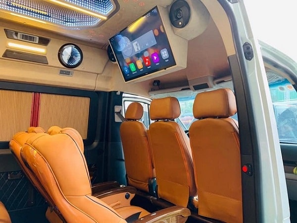 Xe Limousine Đi Cha Diệp 6