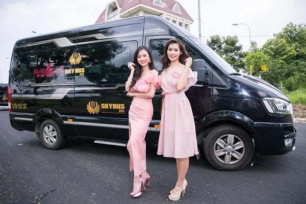 Xe Limousine Đi Mũi Né Bình Tân