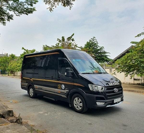 Xe Limousine Đi Tây Ninh 11